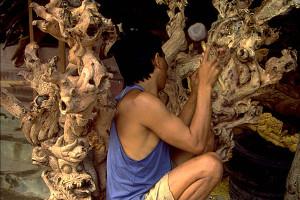 Bali-wood-carving