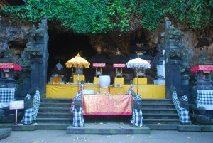 Bat-Cave-temple-at-beautiful-look-in-Klungkung-regency-Bali-island-Bali-Hello-Travel-55