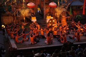Kecak-and-Fire-dance-in-Batubulan-village-Bali-Hello-Travel-9