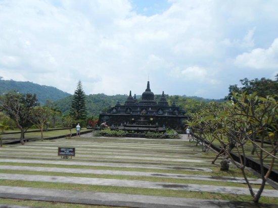 brahma-vihara-arama-buddhist