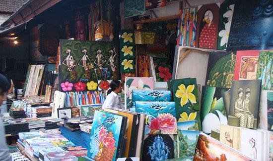 ubur-art-market
